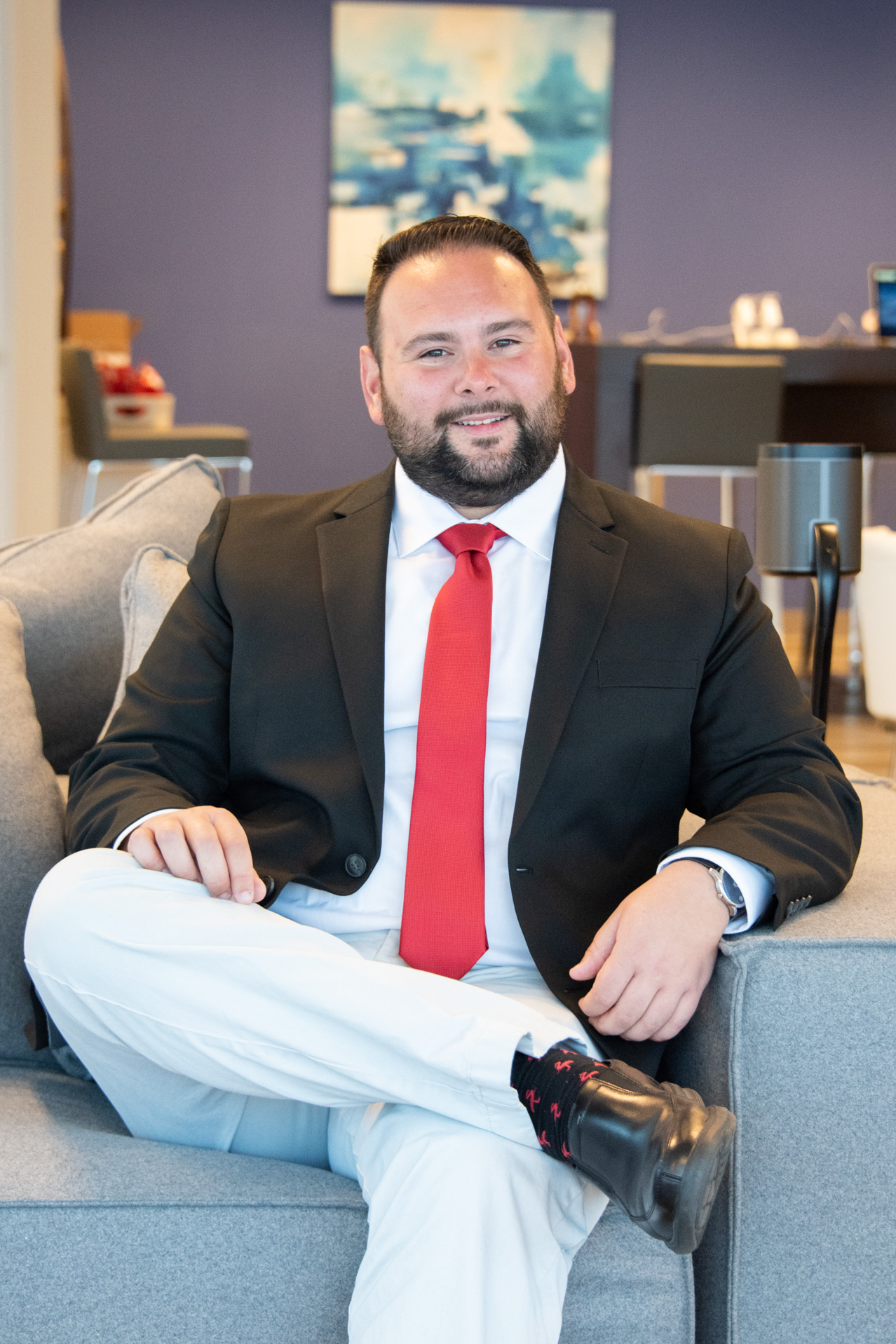 creative lifestyle professional headshot of a real estate agent, photographed by jamie bannon photography.